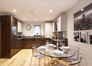 Thumbnail 1 bed flat for sale in Weldale Street Apartments, Reading