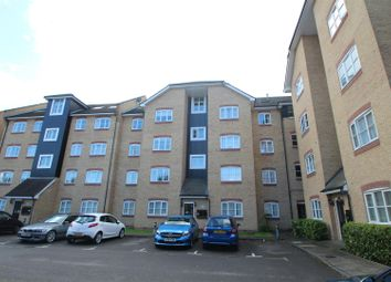 Thumbnail 2 bed flat to rent in Evans Wharf, Apsley Lock, Hemel Hempstead