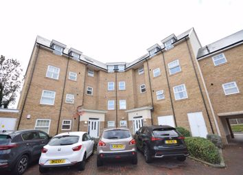 2 bed flat for sale in Wells View Drive, Bromley BR2
