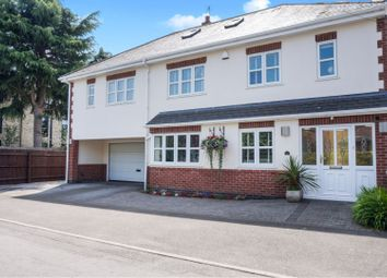Thumbnail 6 bed detached house for sale in Tennyson Avenue, Gedling