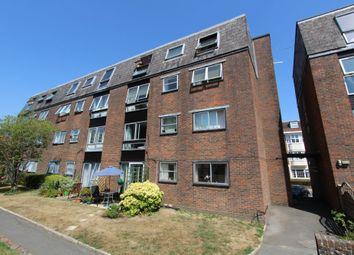 Thumbnail 2 bedroom flat to rent in Swan Street, Petersfield