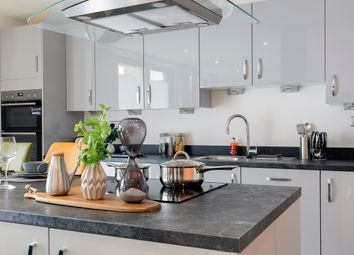 Thumbnail 3 bedroom flat for sale in Redclyffe Road, London - Greater London