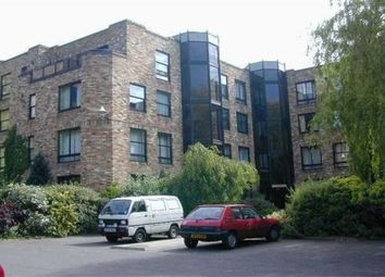 Thumbnail 1 bed flat to rent in Manhattan Drive, Cambridge