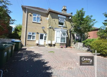 3 bed flat to rent in |Ref: 2/15|, Belmont Road, Southampton SO17