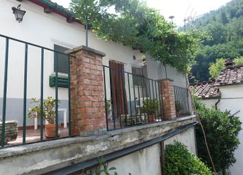 Thumbnail 2 bed apartment for sale in Bagni di Lucca, Bagni di Lucca, Tuscany, Italy