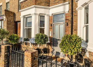 Thumbnail 2 bedroom flat for sale in Kingston Road, Wimbledon