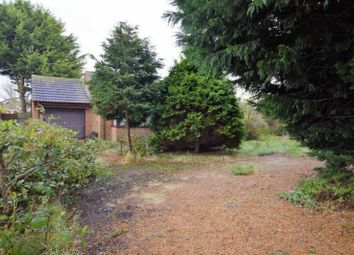 Thumbnail 2 bed bungalow for sale in Golf Road, Mablethorpe