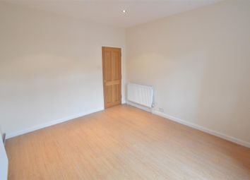 Thumbnail 1 bed maisonette to rent in Kings Road, Slough