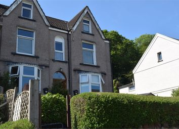 2 bed flat to rent in Overland Road, Mumbles, Swansea SA3
