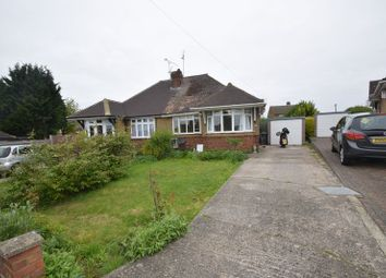 Thumbnail 2 bed bungalow to rent in Poplars Close, Luton