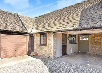 Thumbnail 1 bed flat to rent in Carterton, Oxfordshire