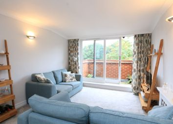 Thumbnail 2 bed flat to rent in 76 The Avenue, Beckenham