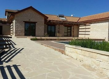 Thumbnail 3 bed bungalow for sale in Souni-Zanatzia, Limassol, Cyprus