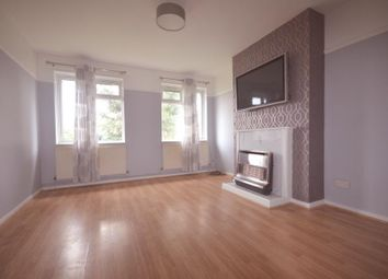 2 bed maisonette to rent in Eastern Avenue West, Romford RM6