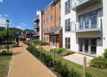 Thumbnail 3 bed flat for sale in Brooklands, Exeter