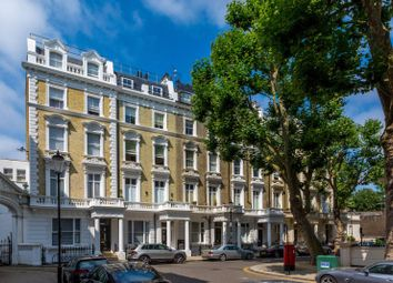 3 bed maisonette for sale in Linden Gardens, Notting Hill Gate, London W2