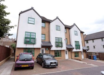 Thumbnail 5 bedroom town house for sale in Taylors Lane, Dundee