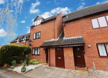Thumbnail 1 bedroom flat for sale in Yew Close, Garsington, Oxford