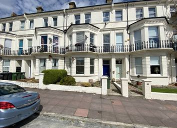 Upperton Gardens, Eastbourne, East Sussex BN21. 2 bed flat