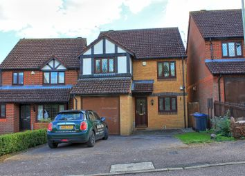 Thumbnail 3 bed detached house for sale in Oak End, Buntingford