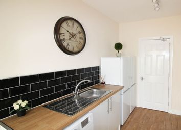 Thumbnail 5 bedroom shared accommodation to rent in Hope Avenue, Goldthorpe
