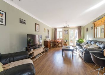 2 bed property for sale in Thirlmere Gardens, Northwood HA6