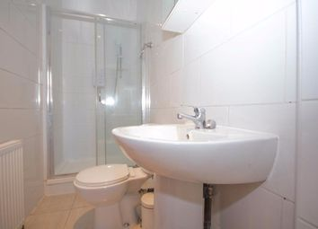 Thumbnail 3 bed flat to rent in Fieldgate Street, London
