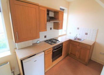 2 bed terraced house to rent in Moor End Road, Lockwood, Huddersfield HD4