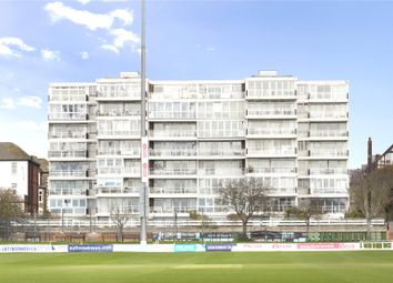 Cromwell Road, Hove, East Sussex BN3. 1 bed flat for sale