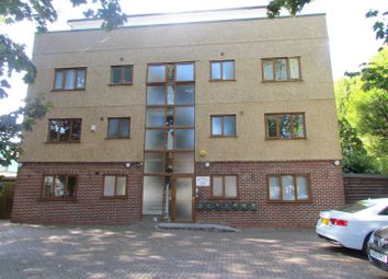 Thumbnail Studio to rent in Archers Apartments, Grove Road, Romford