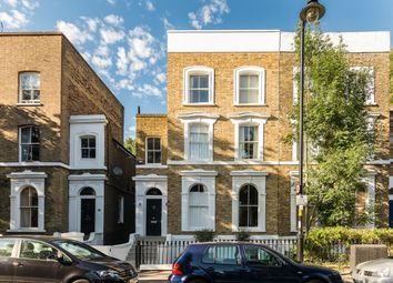 Thumbnail 1 bed flat to rent in Englefield Road, London, London