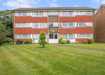 Thumbnail 2 bed flat to rent in Master Close, Oxted, Surrey