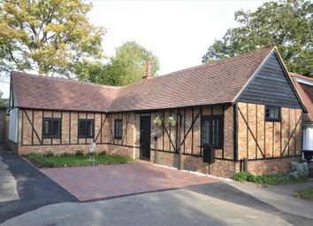 Thumbnail 2 bed detached bungalow to rent in Hogscross Lane, Chipstead, Coulsdon