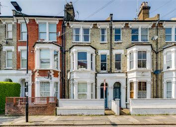 Davisville Road, London W12. 2 bed flat