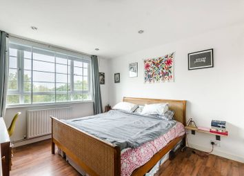 Thumbnail 2 bed flat for sale in Lordship Lane, East Dulwich