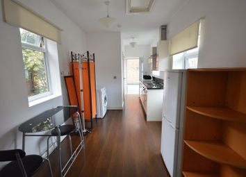 Thumbnail 1 bed flat to rent in Flat 2A, Fosse Road South