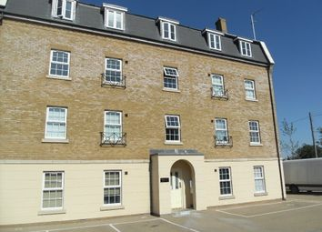 Thumbnail 2 bedroom flat to rent in The Chestnuts, Swindon
