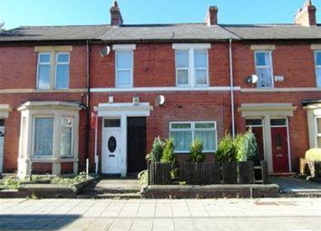 Thumbnail 2 bed flat to rent in Ravensworth Road, Dunston, Gateshead