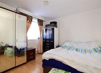 Thumbnail 2 bedroom flat for sale in Grangewood Street, London