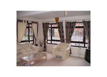 2 bed flat to rent in Dickinson Street, City Centre Manchester, Manchester, Greater Manchester M1