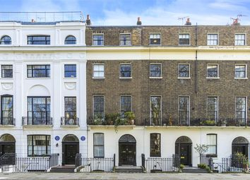 Mecklenburgh Square, London WC1N. 3 bed maisonette