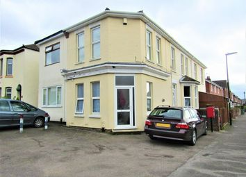 Thumbnail 3 bed maisonette to rent in Harcourt Road, Southampton