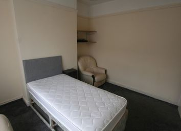 Thumbnail Room to rent in Princes Road, Ellesmere Port, Cheshire.