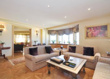 Thumbnail 5 bed flat to rent in Prince's Gate, London