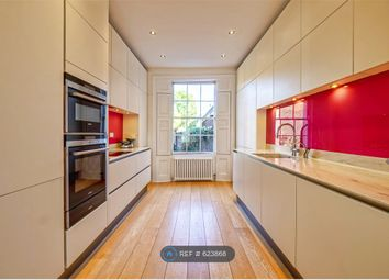 3 bed maisonette to rent in Caledonian Road, London N1