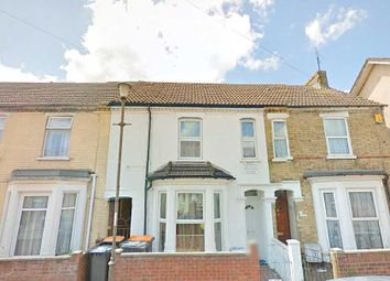 Thumbnail 6 bed terraced house to rent in Raleigh Street, Bedford
