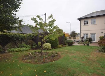 Thumbnail 1 bed flat to rent in London Road, Bicester