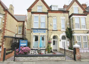 Thumbnail Hotel/guest house to let in 19 Tennyson Avenue, Bridlington