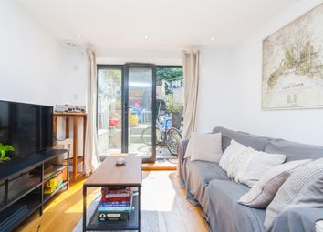 Thumbnail 1 bed flat to rent in Caledonian Road, Kings Cross, London