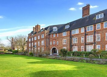 Thumbnail 3 bed flat for sale in Heathcroft, Hampstead Way, London